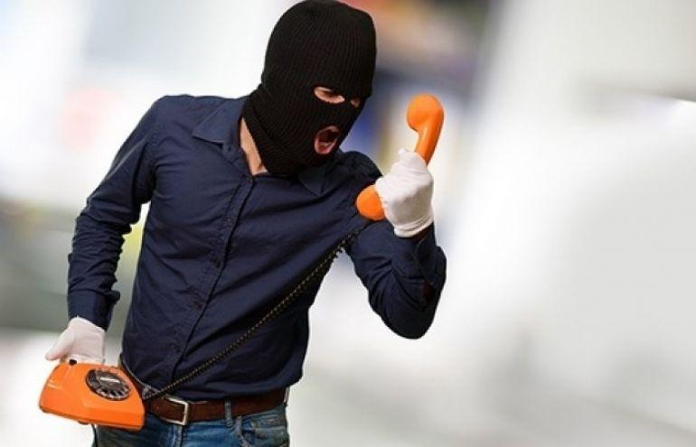 Еманжелинец устроил телефонный террор диспетчерам скорой помощи