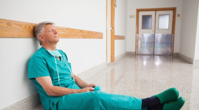 «Врачи уходят из больниц. Условия работы стали невыносимыми»