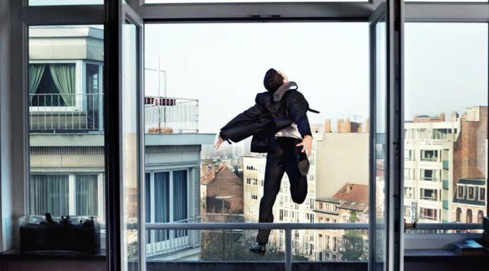 Саратовец в состоянии психоза выпрыгнул из окна больницы