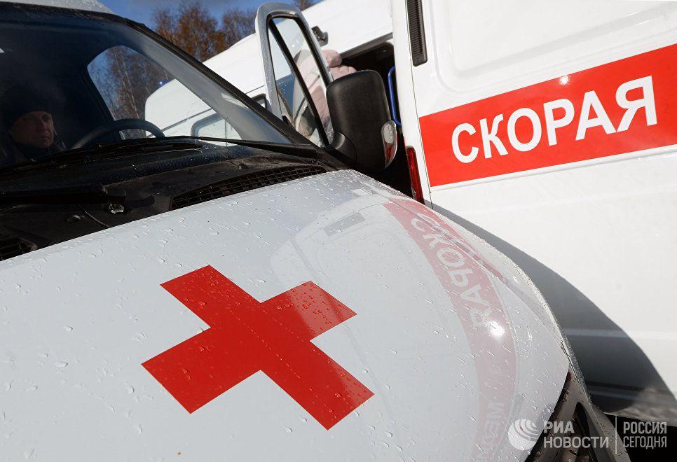 В Кирове пьяный мужчина с ножом удерживал медиков скорой в квартире