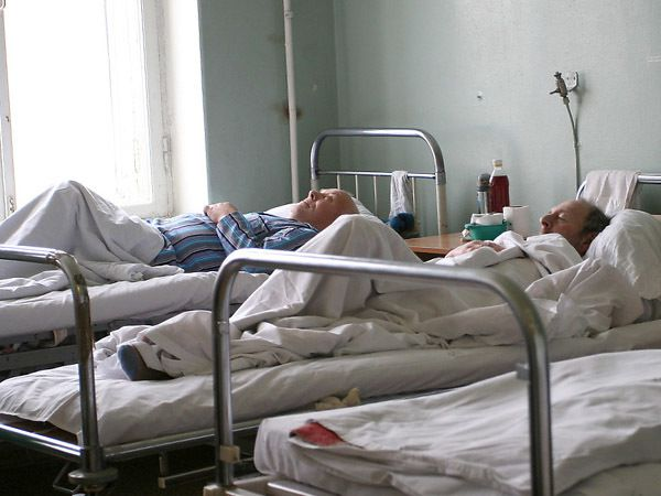Пять пациентов на одну койку - норма Петербурга