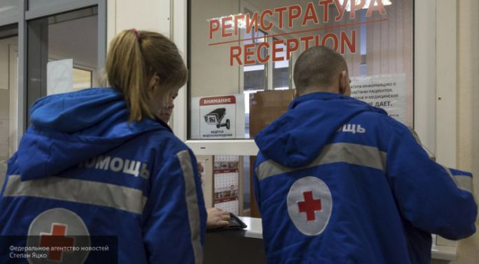 Фельдшер скорой помощи сделала пациентке замечание и попала в больницу