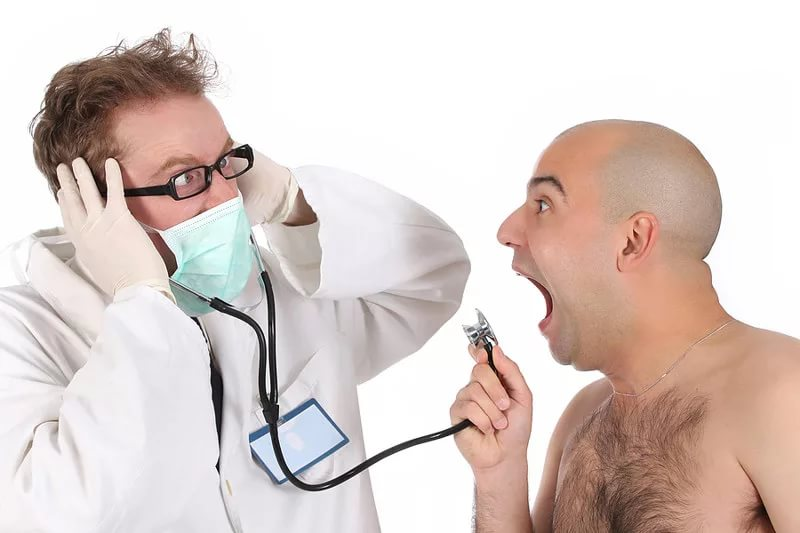 Все бегут защищать пациентов, а врачей - никто