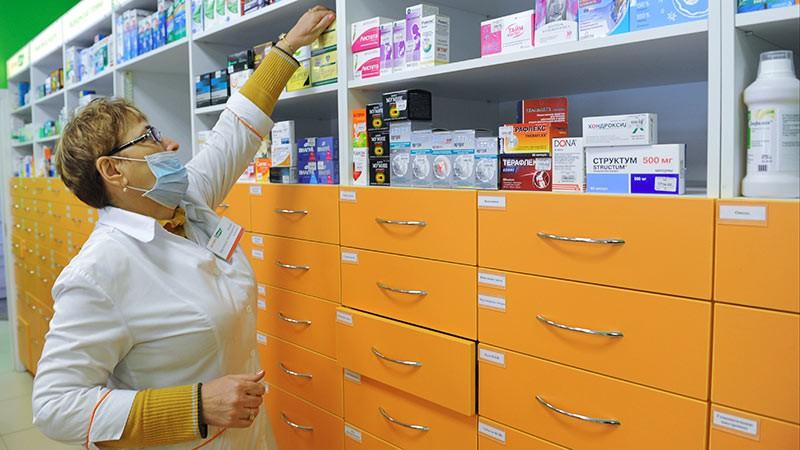 Все россияне смогут получать бесплатные лекарства в аптеках по рецепту врача