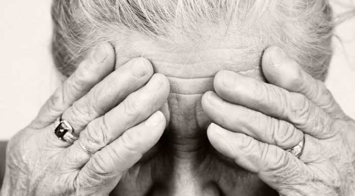 Пенсионерка обвинила врача в избиении