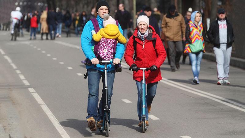Путину предложили обдирать налогами малодетные семьи