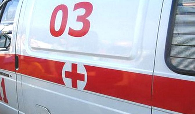 В Белоярске пьяная женщина напала на сотрудника скорой помощи