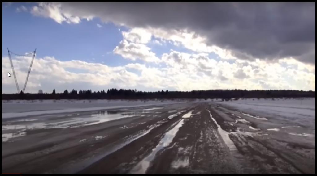 Переправа через реку закрыта из-за таяния льдов