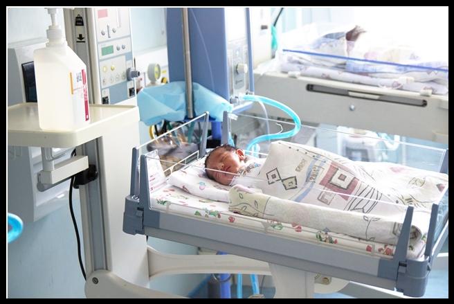 В канун профессионального праздника министр здравоохранения Краснодарского края Евгений Филиппов принял роды в перинатальном центре Сочи.