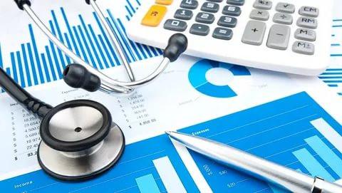 """Эксперты усомнились в полезности инициативы """"справедливороссов"""" по финансированию здравоохранения"""