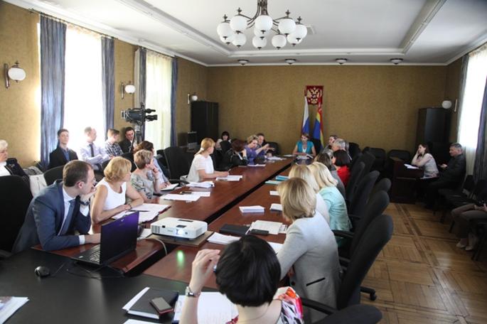 В Калининграде ждут кадровой катастрофы к 2019 году из-за старения врачей