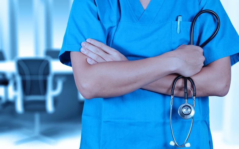 Два десятка врачей главной детской поликлиники Прикамья грозят уволиться