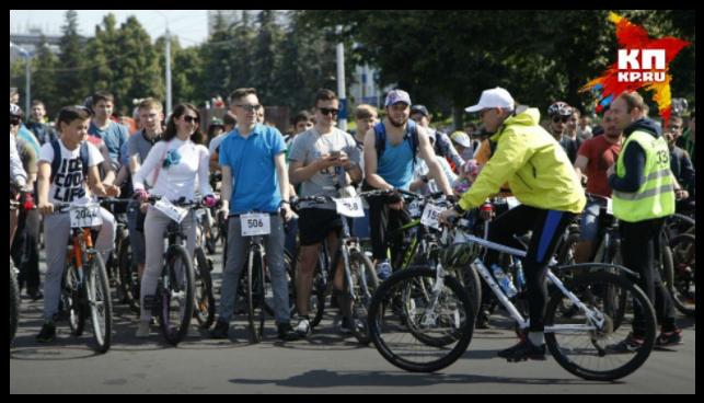 Глава Башкирии остановил велопарад ради скорой