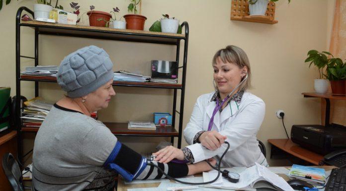 Минздрав просят установить нормативы обеспеченности населения врачами