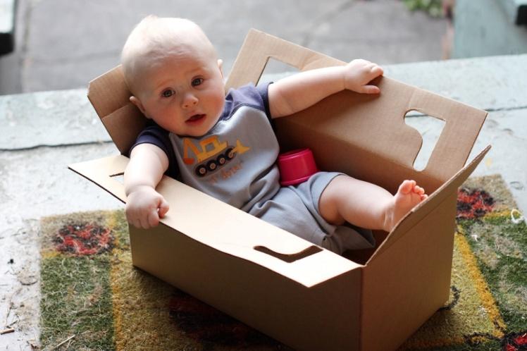 Комитет госдумы отклонил законопроект о запрете бебибоксов