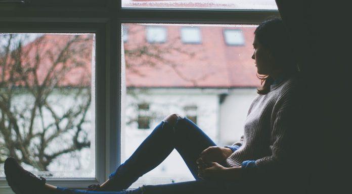 Тревога и депрессия: кто должен лечить?