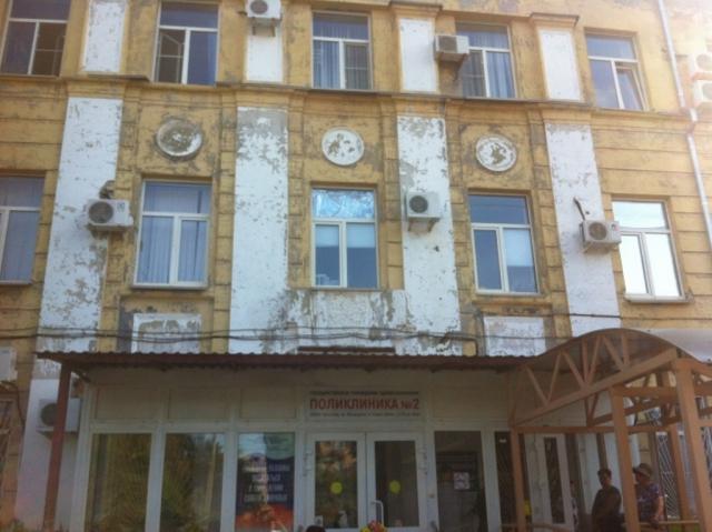 Поликлиники Волгограда: пациенты часами томятся в очередях