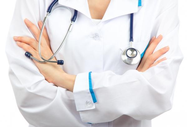дефицит медицинских кадров