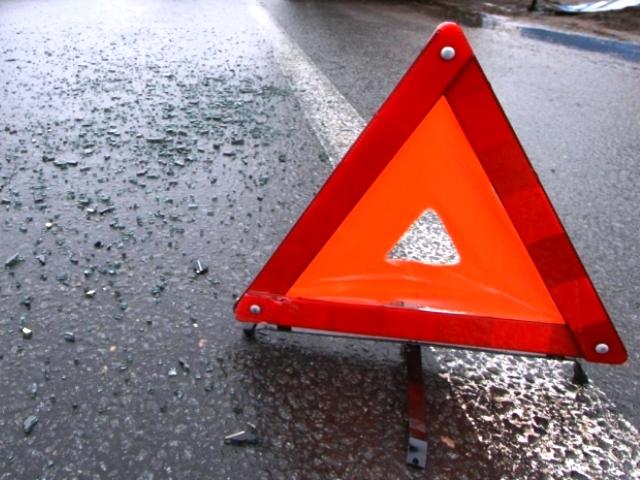 Два фельдшера пострадали в результате опрокидывания машины «скорой помощи» на Дмитровском шоссе