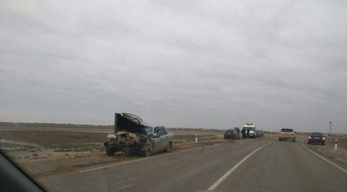 «Скорая» и Волга столкнулись лоб в лоб в Астраханской области