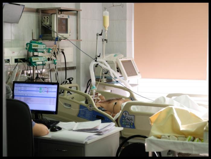 ЦБ хочет дать страховщикам право расторгать договоры ОМС с клиниками