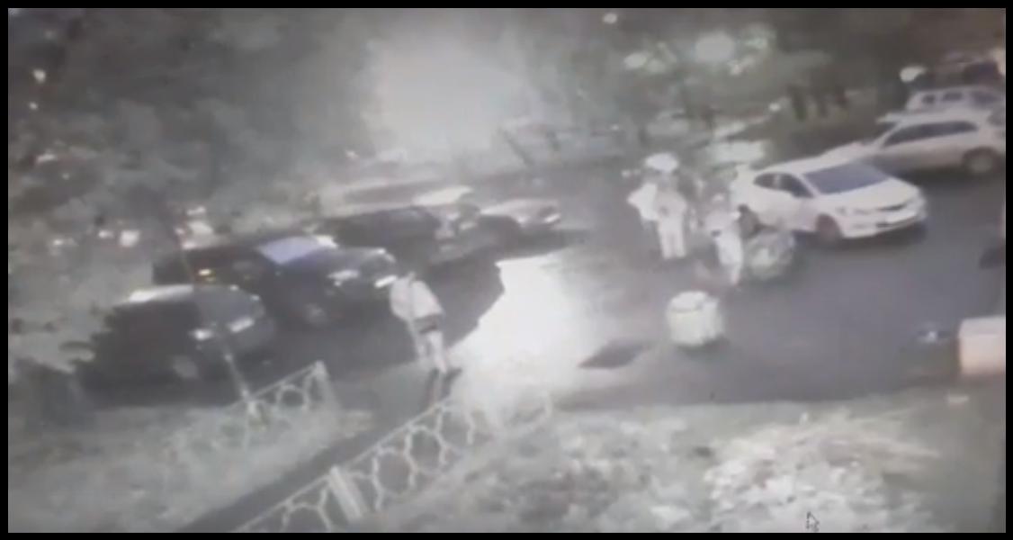 В Москве пациент напал на медработника прямо на крыльце больницы