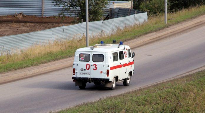 Министр Стороженко отговорил медсестру от увольнения после скандала с платной доставкой больного
