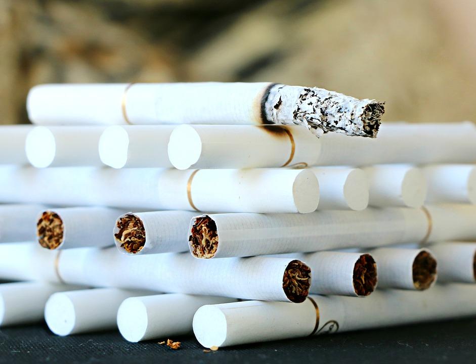 Минздрав предложил ввести экологический налог на табачные изделия