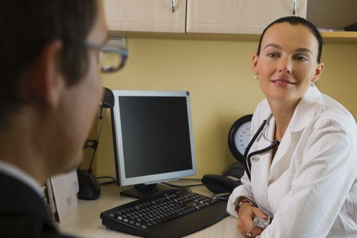 Зачем Минздраву новая онлайн-площадка для жалоб на врачей?