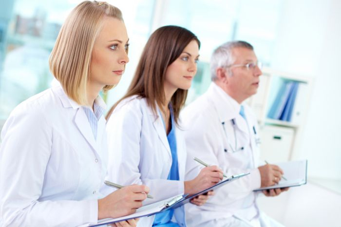 Минздрав предлагает сохранить систему повышения квалификации врачей раз в пять лет