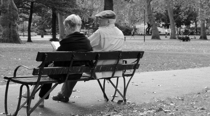 Средняя продолжительность жизни мужчин