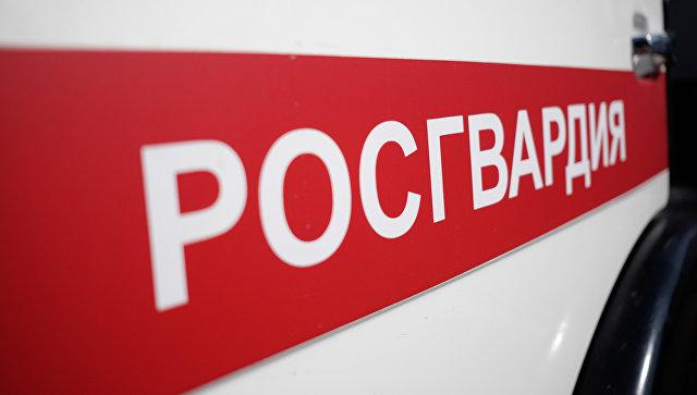 В Омске дебошир сломал нос врачу скорой помощи