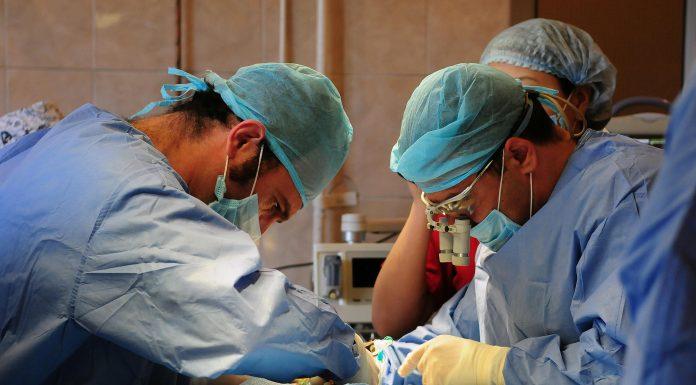 Челябинские врачи спасли недоношенного ребёнка с тяжёлым заболеванием
