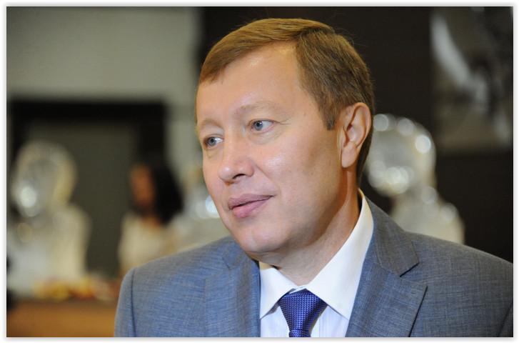 Экс-министра здравоохранения Забайкалья Лазуткина подозревают во взяточничестве