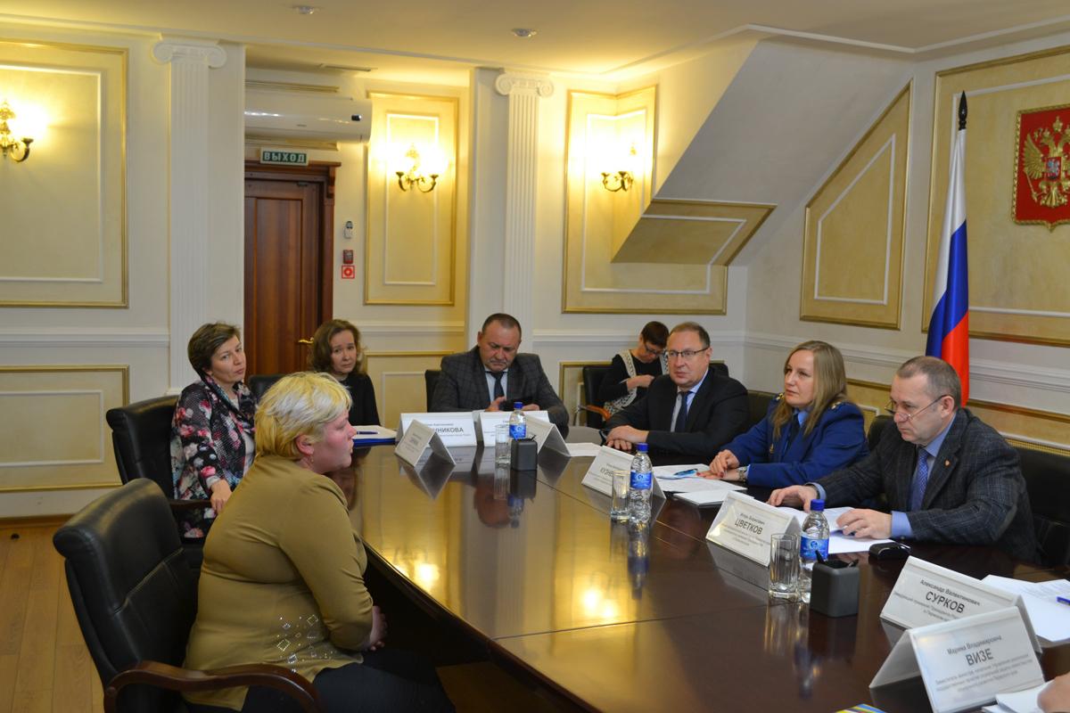 Главный федеральный инспектор по Пермскому краю взял на контроль внедрение новой системы приёма вызовов скорой