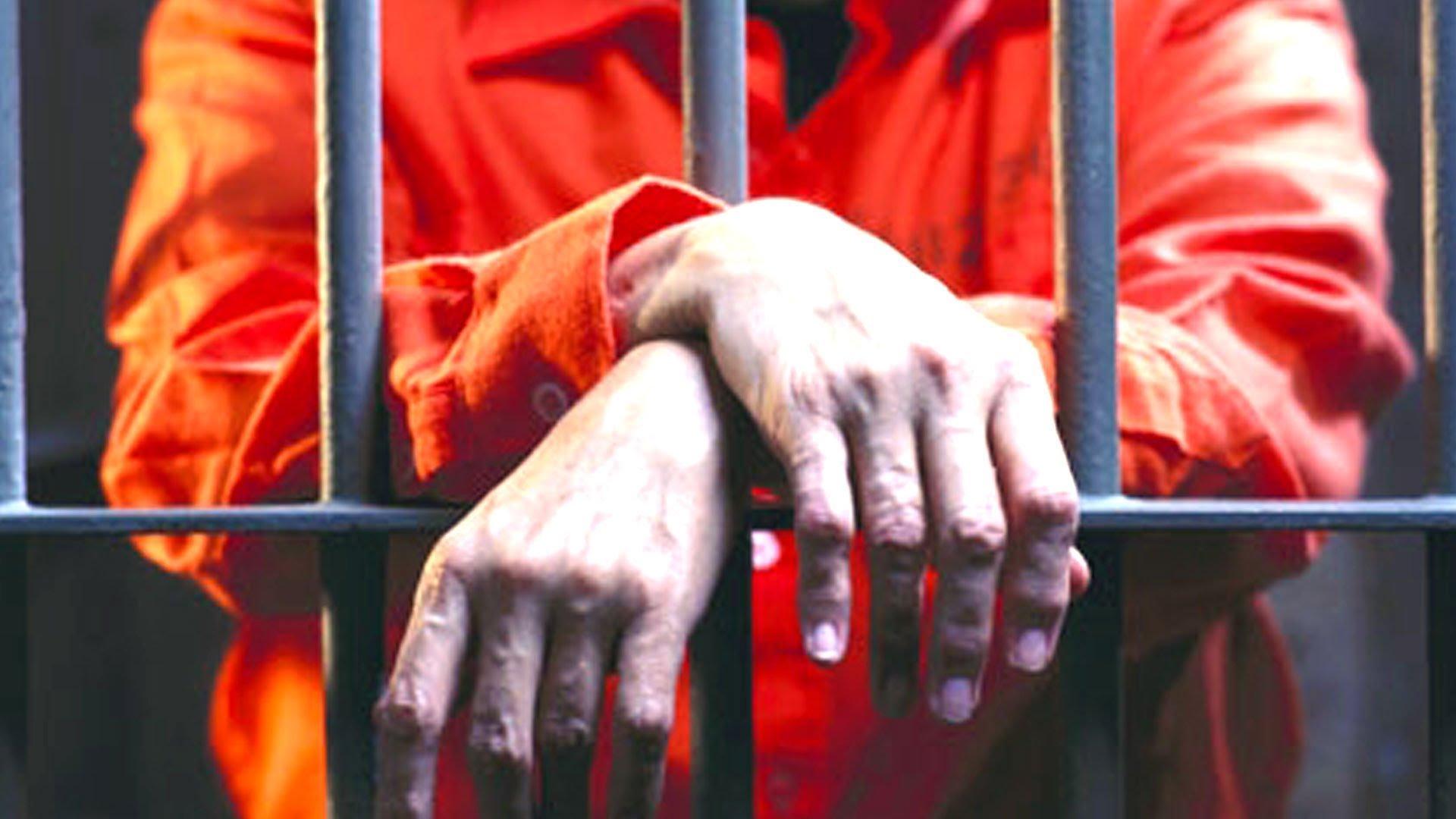 В Алтайском крае осудили мужчину, угрожавшего фельдшерам скорой ножом