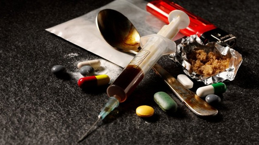 30% новых случаев заражения ВИЧ приходится на тех, кто принимает наркотики. Их употребление является серьёзной проблемой здравоохранения страны.