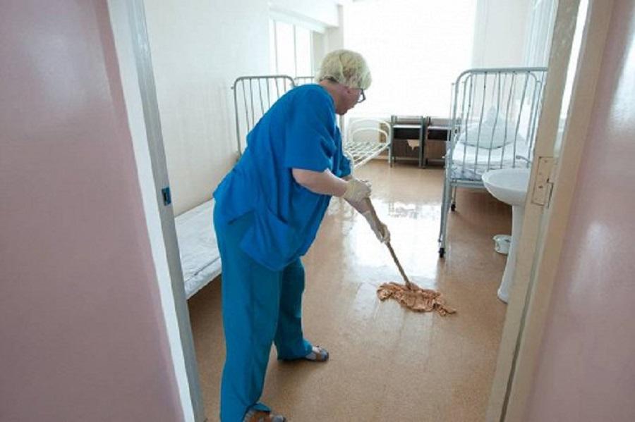 санитарок переведут в уборщицы в психбольницах
