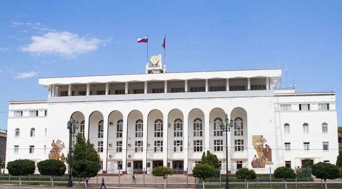 В администрации главы республики решили разобраться в деле об увольнении медсестры кизлярской больницы