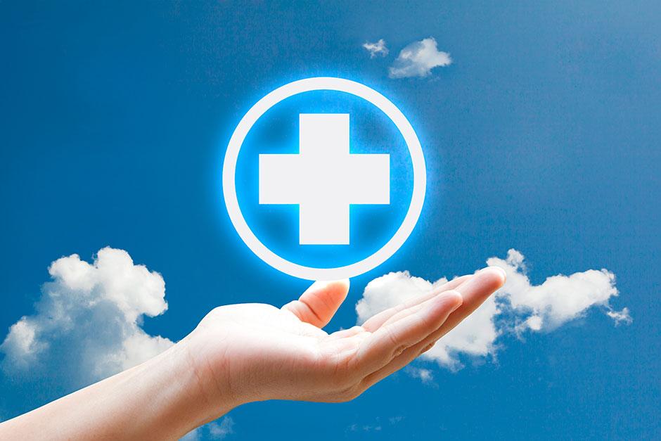 """Деньгами нашей медицине уже не помочь: Здравоохранению нужна """"армейская"""" реформа"""