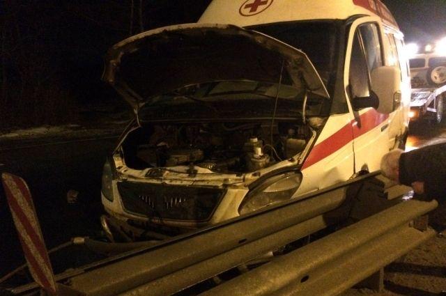В Тверской области в ДТП со скорой помощью пострадал человек