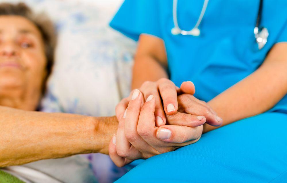 Паллиативная помощь облегчает страдания не только больных, но и их близких