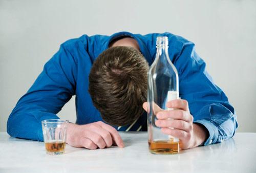 Совет Федерации поддержал идею об обязательном лечении алкоголизма у россиян