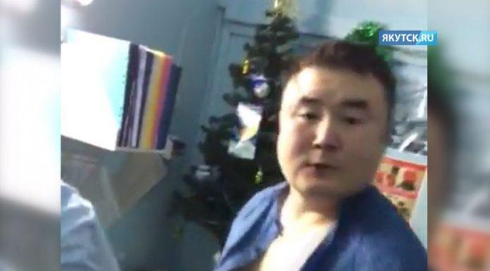 В Якутии избившего пациентку врача попросили вернуться на работу