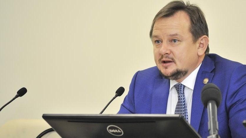 Глава Минздрава Татарстана Адель Вафин ушёл в отставку