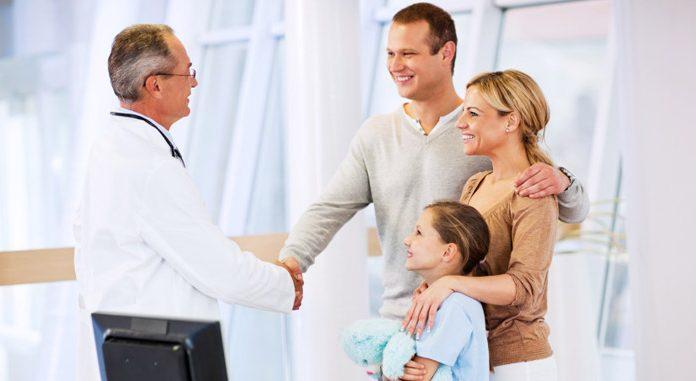 В России предложили создать институт семейных докторов
