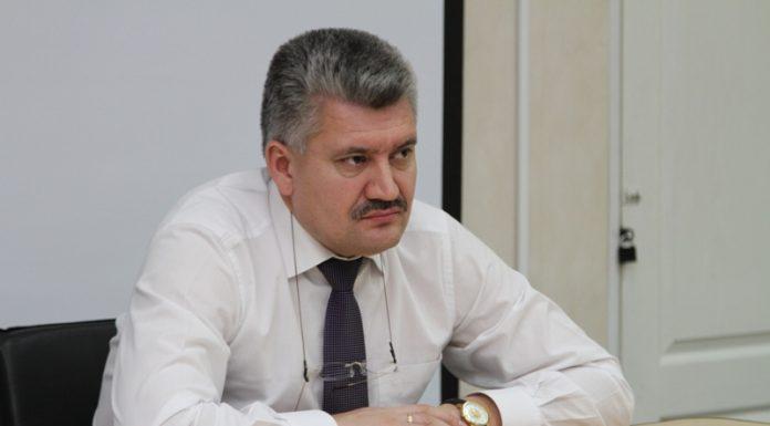 Собчак: Сколько раз в жизни министр слышал жаркий шепот: «Ты у меня второй»?