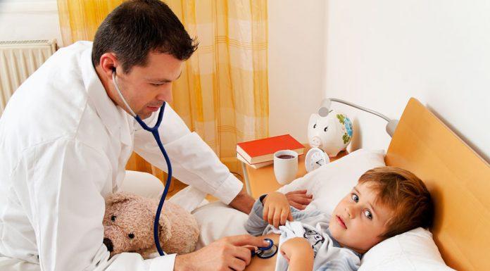 Пациенты напрасно вызывают на дом педиатров в 60% случаев