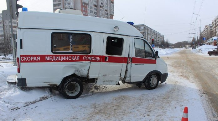 В Йошкар-Оле в ДТП со скорой пострадали пять человек