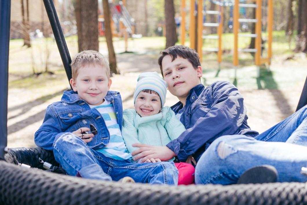 """""""Новая"""": В России не регистрируют препарат, который может спасти детей от гибели"""